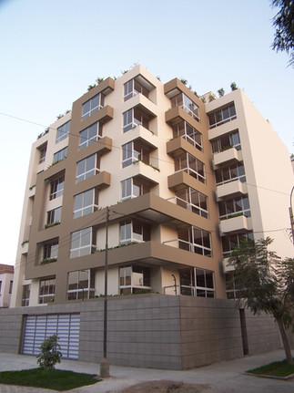 Edificio El Ovalo, Miraflores