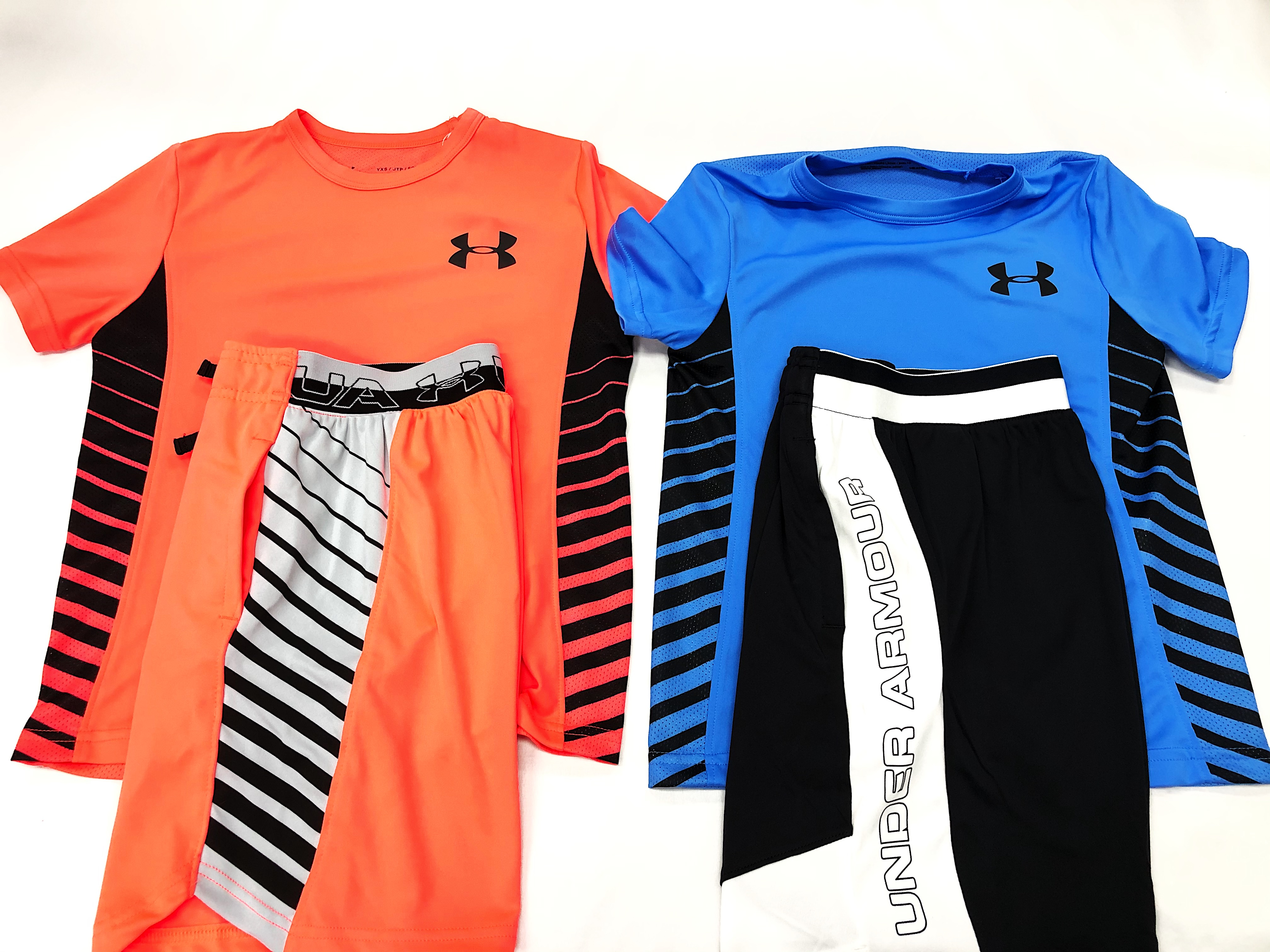 Under Armour Short Sleeves & Shorts