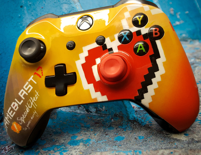 Gameblast 17 Xbox One controller