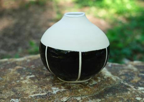 Black-White Vase