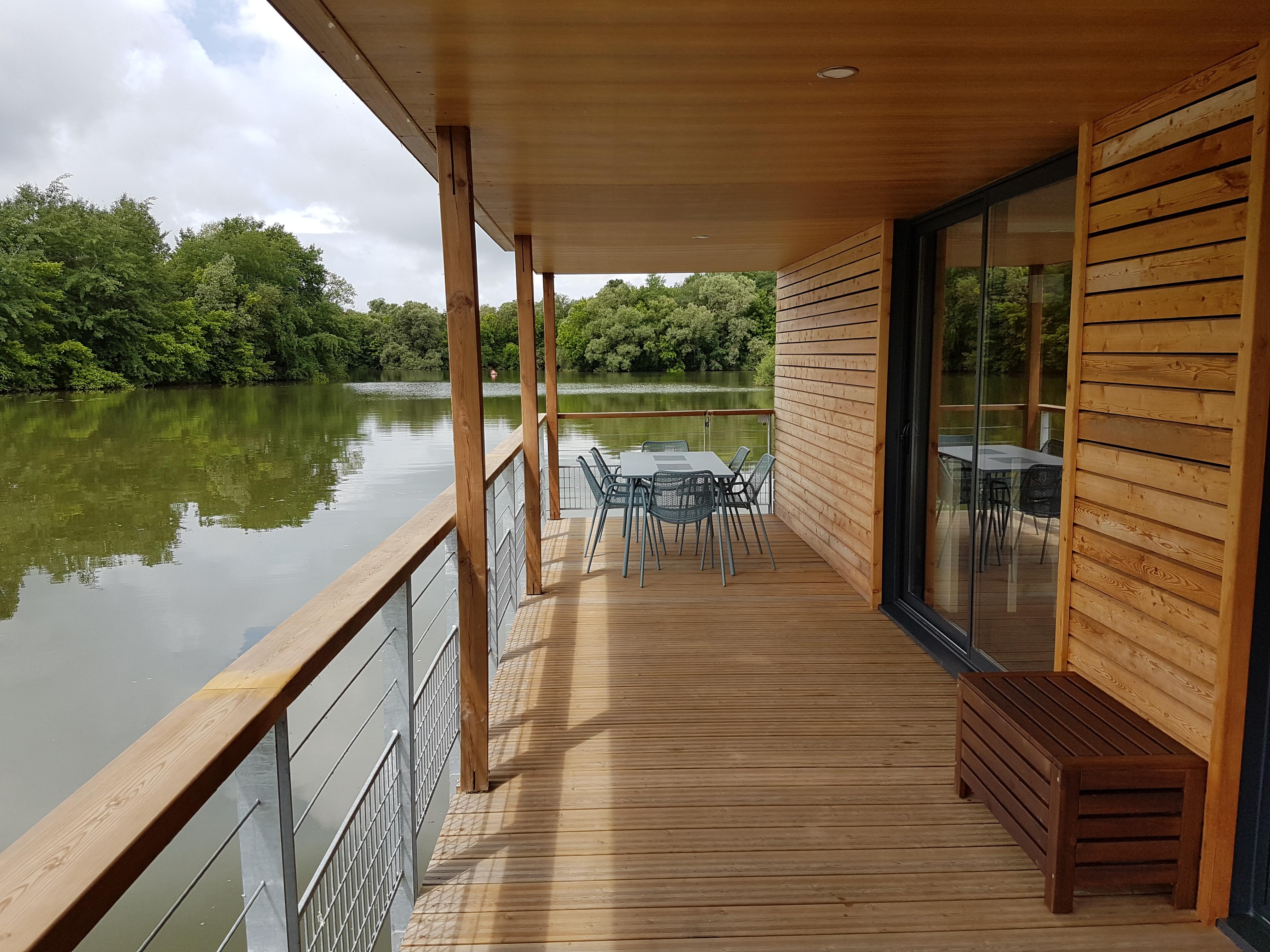 lodge sur l'eau Saône valley