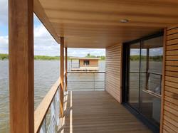 terrasse couverte lodge flottant
