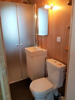 salle de bains lodge sur l'eau