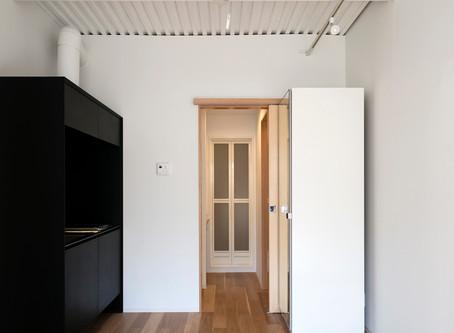 「Room on furniture」