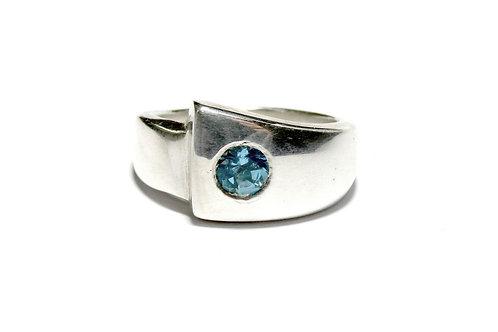 Contemporary ring set with sky topaz