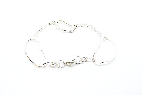 Chunky three link wave bracelet