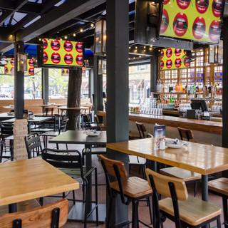 Gaslight Bar & Grille
