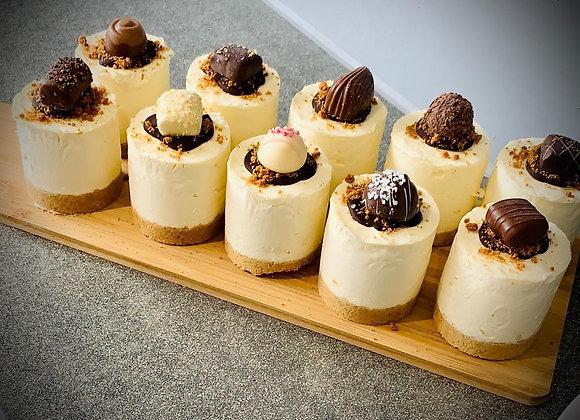 2 Grazable Classic Vanilla Cheesecake With Chocolate Topping