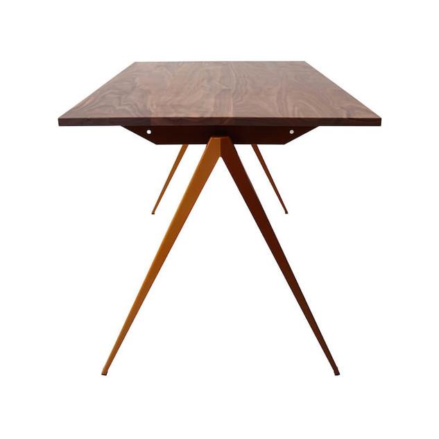 TD.4 TABLE