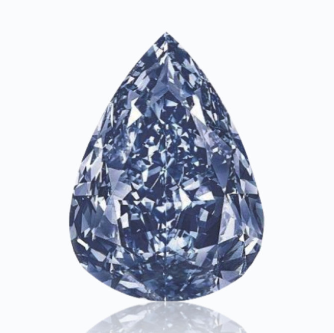 Color Diamonds Sparkled at Sotheby's Magnificent Jewels and Jadeite Auction