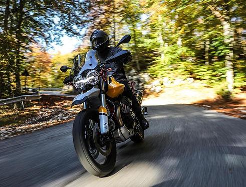 Moto Guzzi V85TT Travel