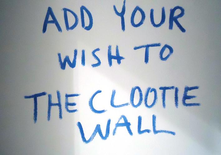 clootie_sign.jpg