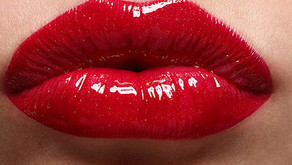 What to Know About Permanent Lipstick Before Getting Your Lips Tattooed