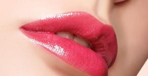 """Lip Blushing"" Is the Cosmetic Procedure Everyone Will Be Talking About"