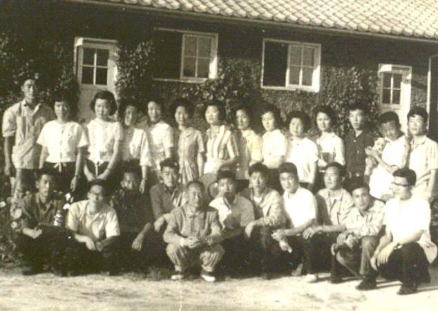 전국 대학생 농촌 개몽단 교육을 마친 후(1964년)