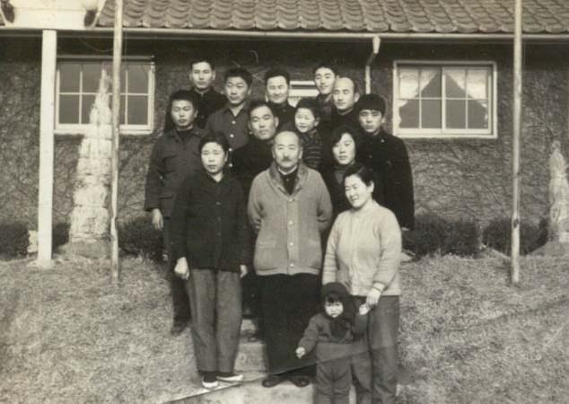 제1 가나안농군학교 70기 수료식을 마치고(1970년)