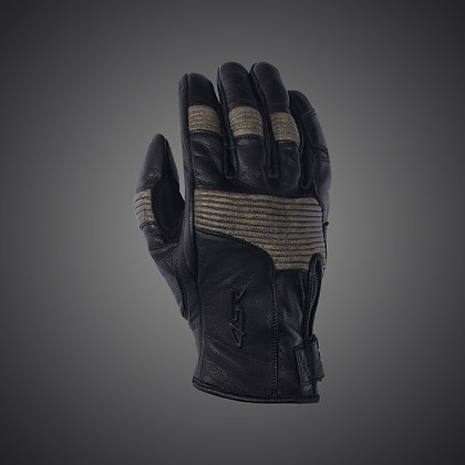 Retro Black Glove