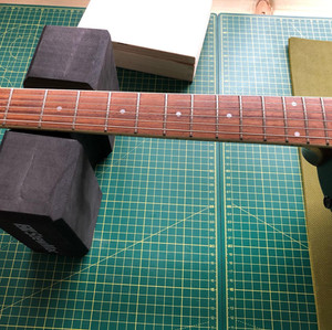 Electro Acoustic Guitar fretboard cleanup and polish