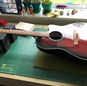 Electro Acoustic Guitar fret level and setup