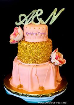 Peach and golden theme wedding cake