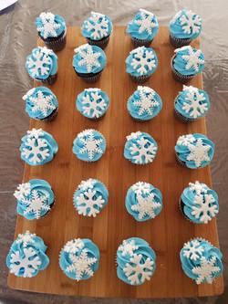 Frozen theme cupcakes