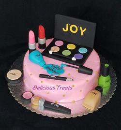 Make-up Kit cake