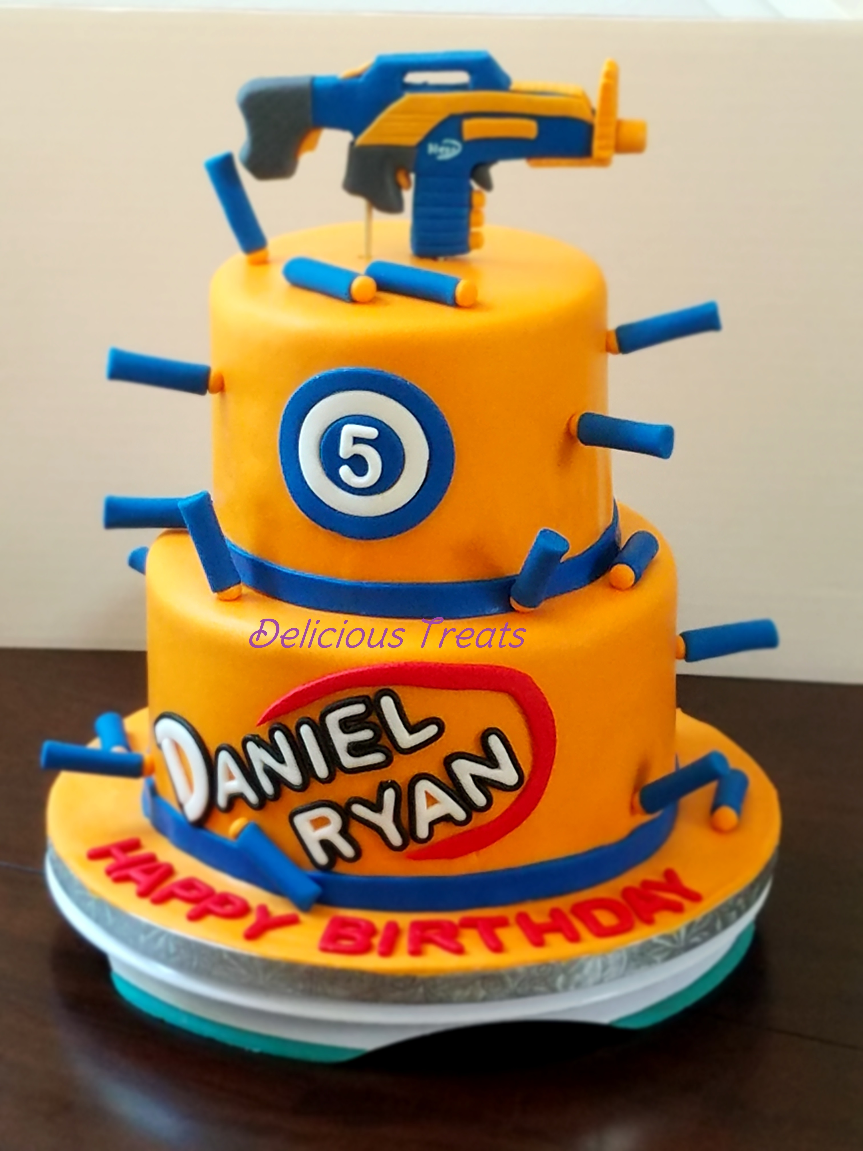 Nerf gun theme cake