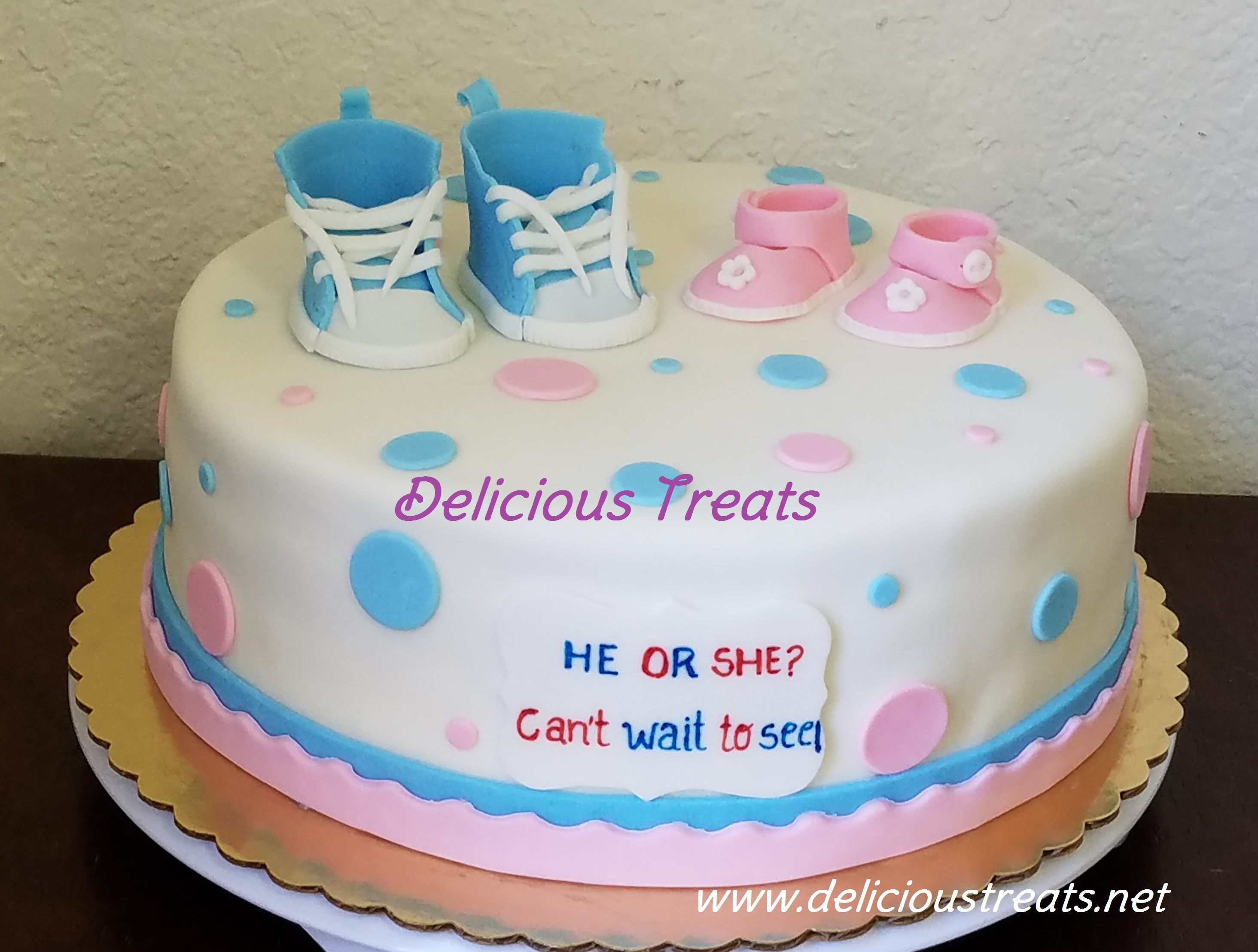 Gender reveal: Shoes and sandles