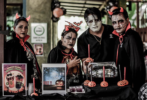Halloween fancy dress at Tiger Kingdom Phuket