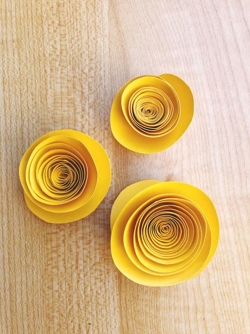 DIY Paper Rose Magnets