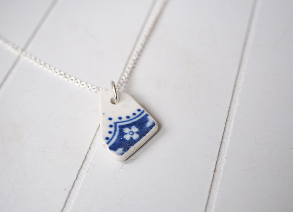 Highland//Floral sea pottery necklace