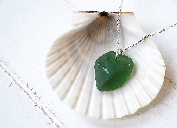 Highland//Green sea glass necklace