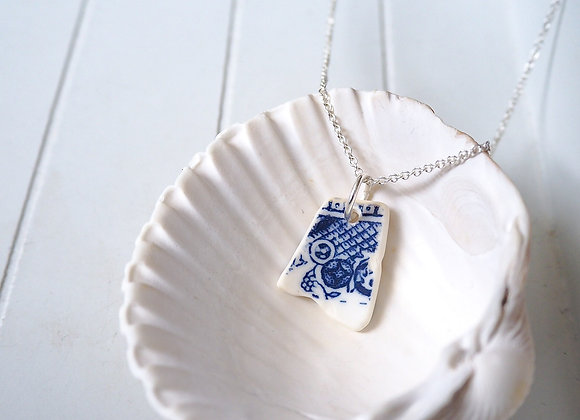 Cornwall//Intricate sea pottery necklace