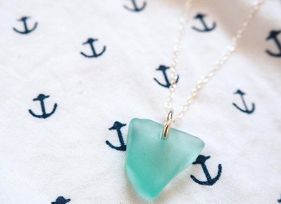 Devon//Vibrant turquoise sea glass necklace