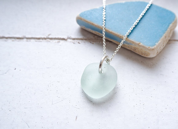 Seaham//Round sea glass necklace