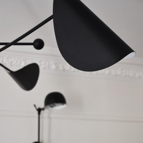 APRES détail sur les moulures et les luminaires. (crédit photo: Madame Décore)
