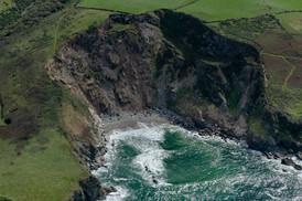 Barrett's Zawn North Cornwall.jpg