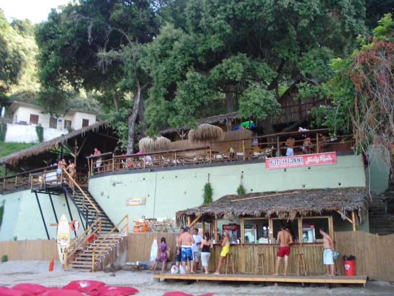 Μamba beach bar