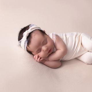newborn girl, sleeping baby, baby whisperer, Menifee, baby photographer, newborn pictures