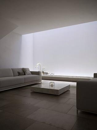 - Interior A15 -