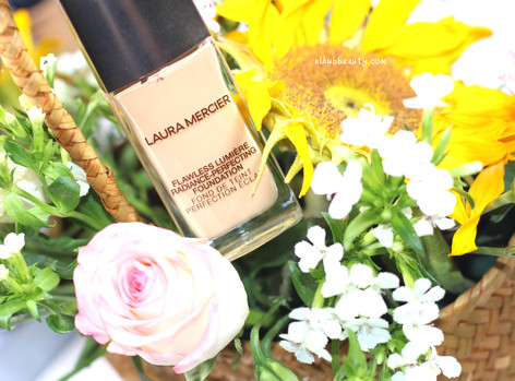 Laura Mercier Flawless Lumière Foundation Review