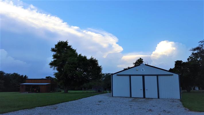 Kansas thunderstorms were approaching.