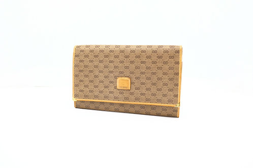 Gucci Trifold Wallet in Beige GG Canvas