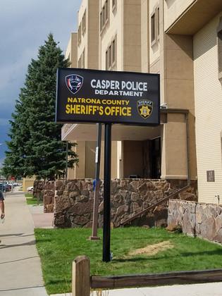 illuminated sign casper, government office