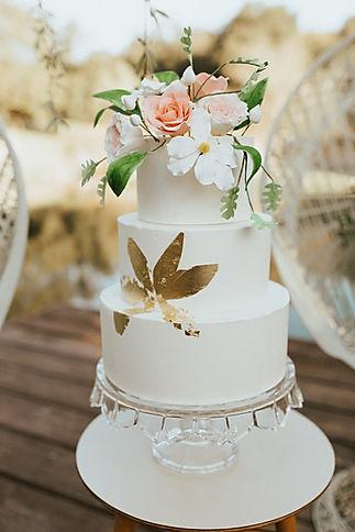 Boho garden wedding cake