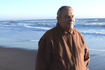 Stan_on_Beach_.jpg