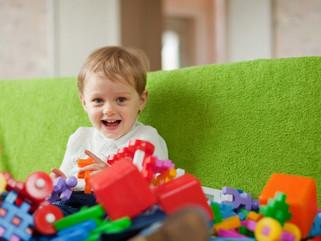 Dicas de coração - Desapegando de brinquedos e roupas