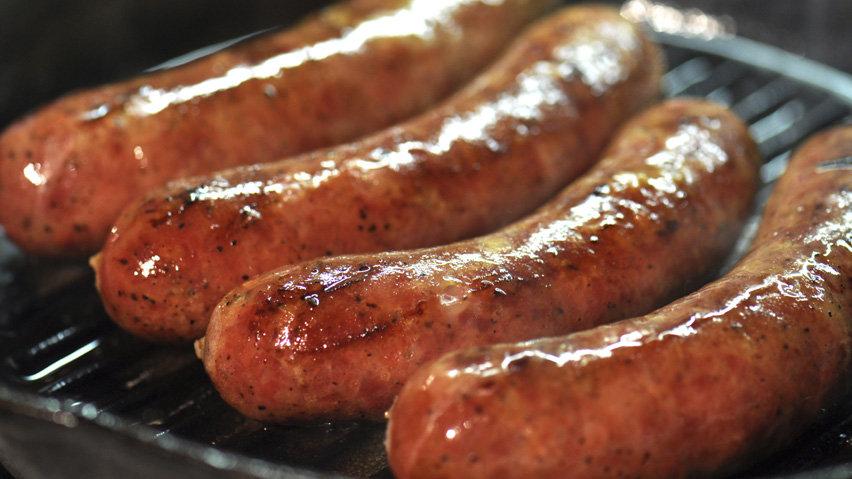 hi-sausage-istock_000011447.jpg