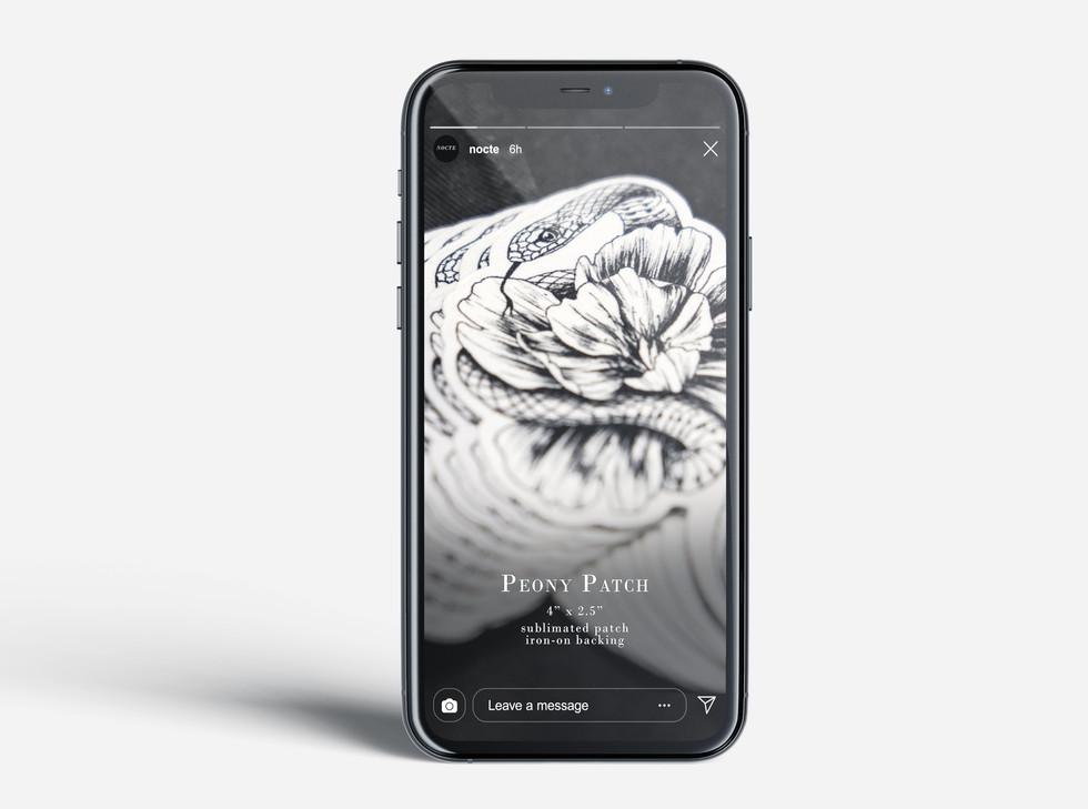 Nocte_iPhone_Mockup_Free_License_Mockups