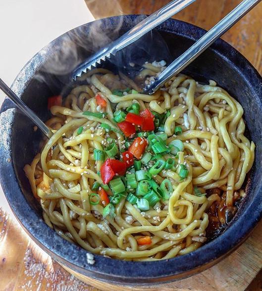 garlic noodles - fried Okinawan noddles,